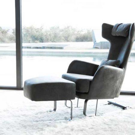 Kangou leather rocking chair from Fama | Mia Stanza