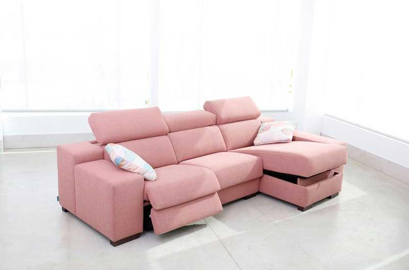 Loto chaise sofa from Fama - miastanza.co.uk