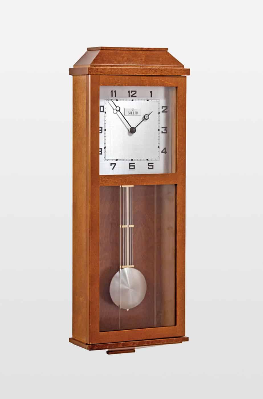 Newport Traditional Design Oak Finish Quartz Wall Clock